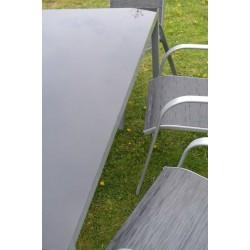 4d83e1a49e42 SET záhradného nábytku Linda