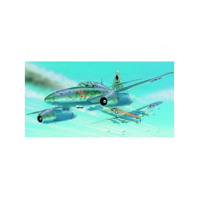 Model Messerschmitt ME 262 B-1a/U1 1:72 14,7x17,4cm v krabici 25x14,5x4,5cm